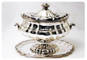 Tureen '700 style with tray